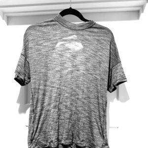 Grey Lululemon  t-shirt, size 6
